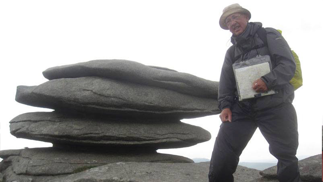 John Peak's Land's End to Northlew walk raises £2000!