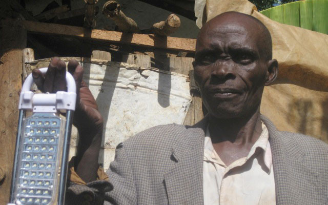 Bring the gift of light to a Kenyan child this Christmas